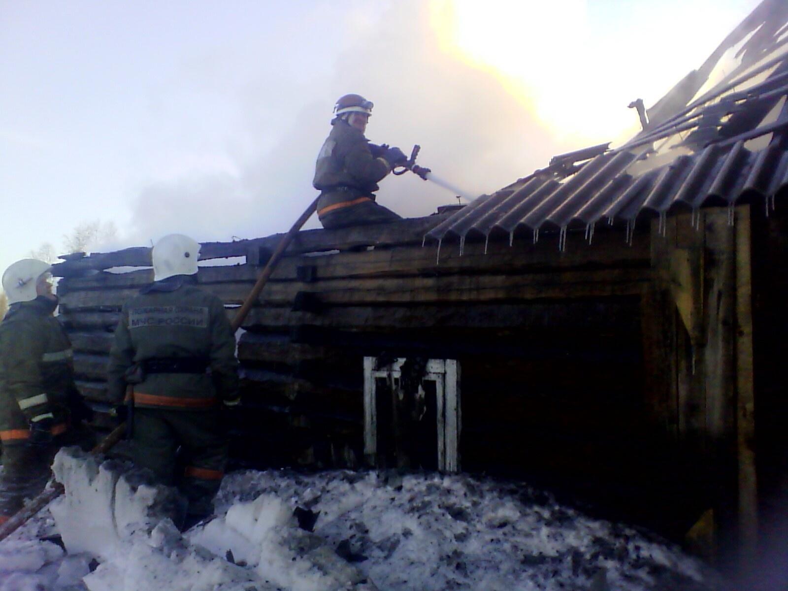 Пожарно-спасательные подразделения ликвидировали пожар в г. Онеге Архангельской области.