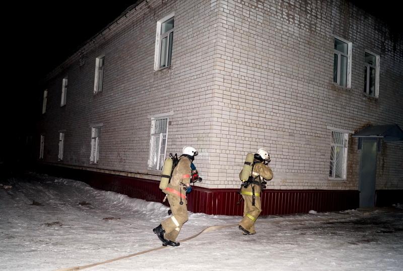 Пожарно-спасательные подразделения выезжали на пожар в Вельском районе Архангельской области.