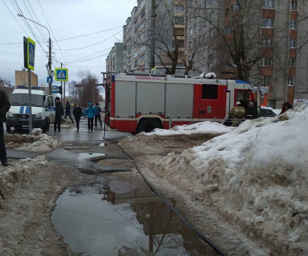 Пожарно-спасательные подразделения ликвидировали пожар в Котласском районе Архангельской области