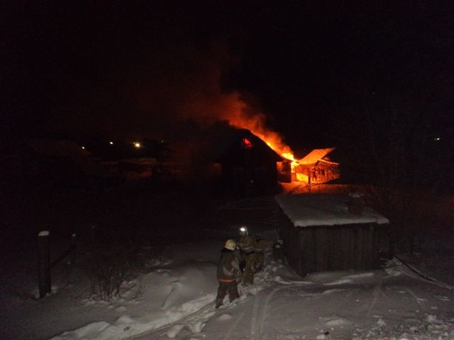 Пожарно-спасательные подразделения ликвидировали пожар в Онежском районе Архангельской области.