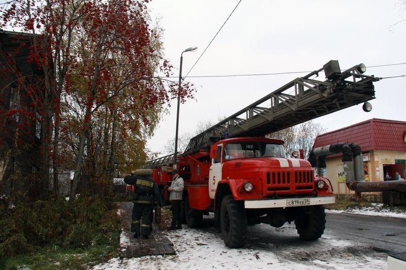 Пожарно-спасательные подразделения ликвидировали пожар в г. Мирном Архангельской области