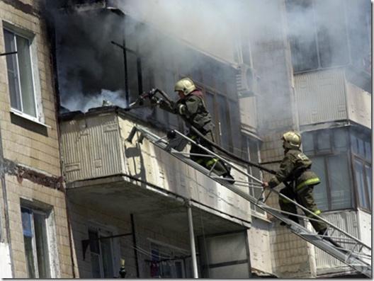 Пожарно-спасательные подразделения ликвидировали пожар в г. Котласе Архангельской области.