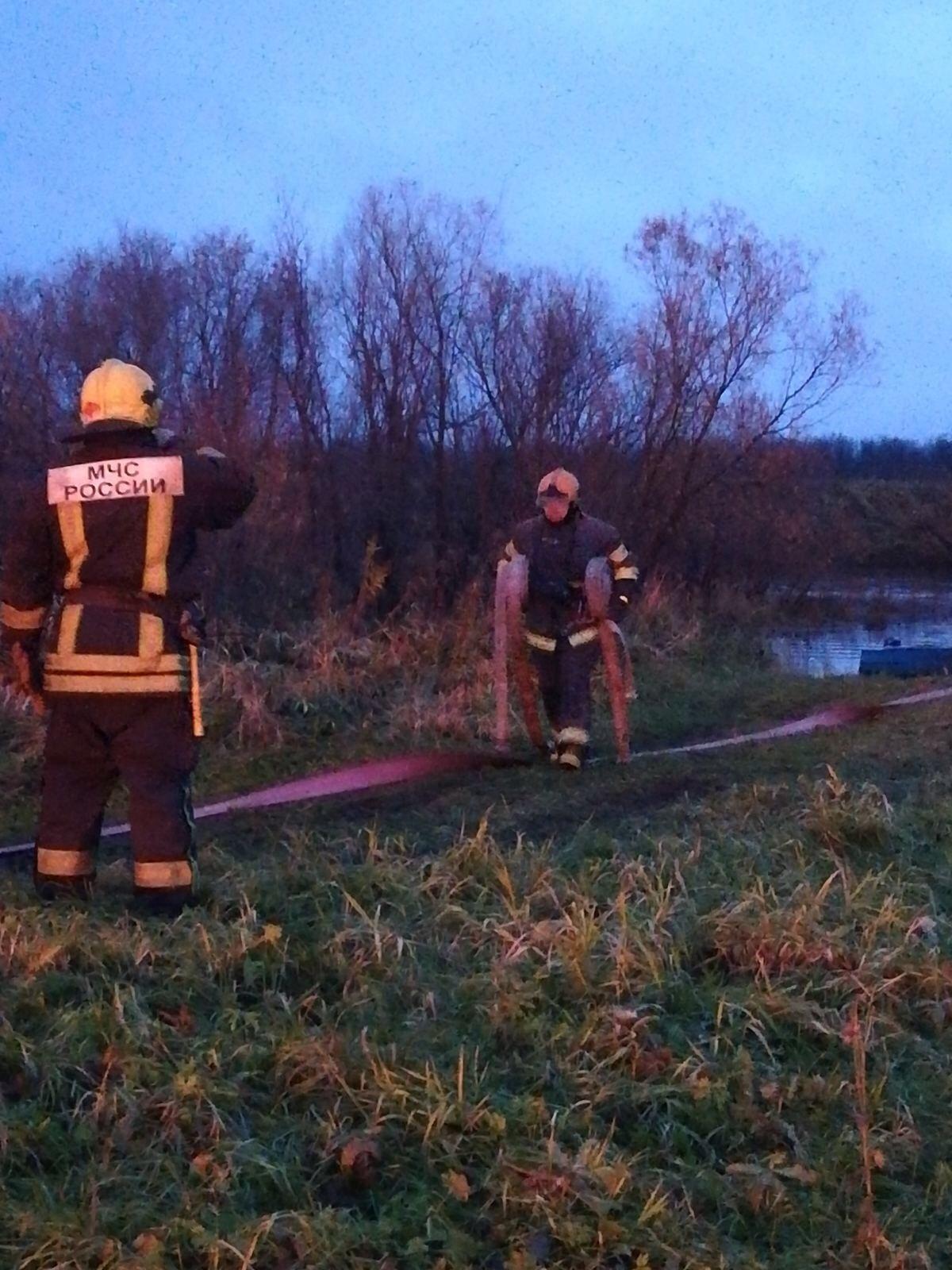Пожарно-спасательные подразделения ликвидировали пожар в г. Архангельске.