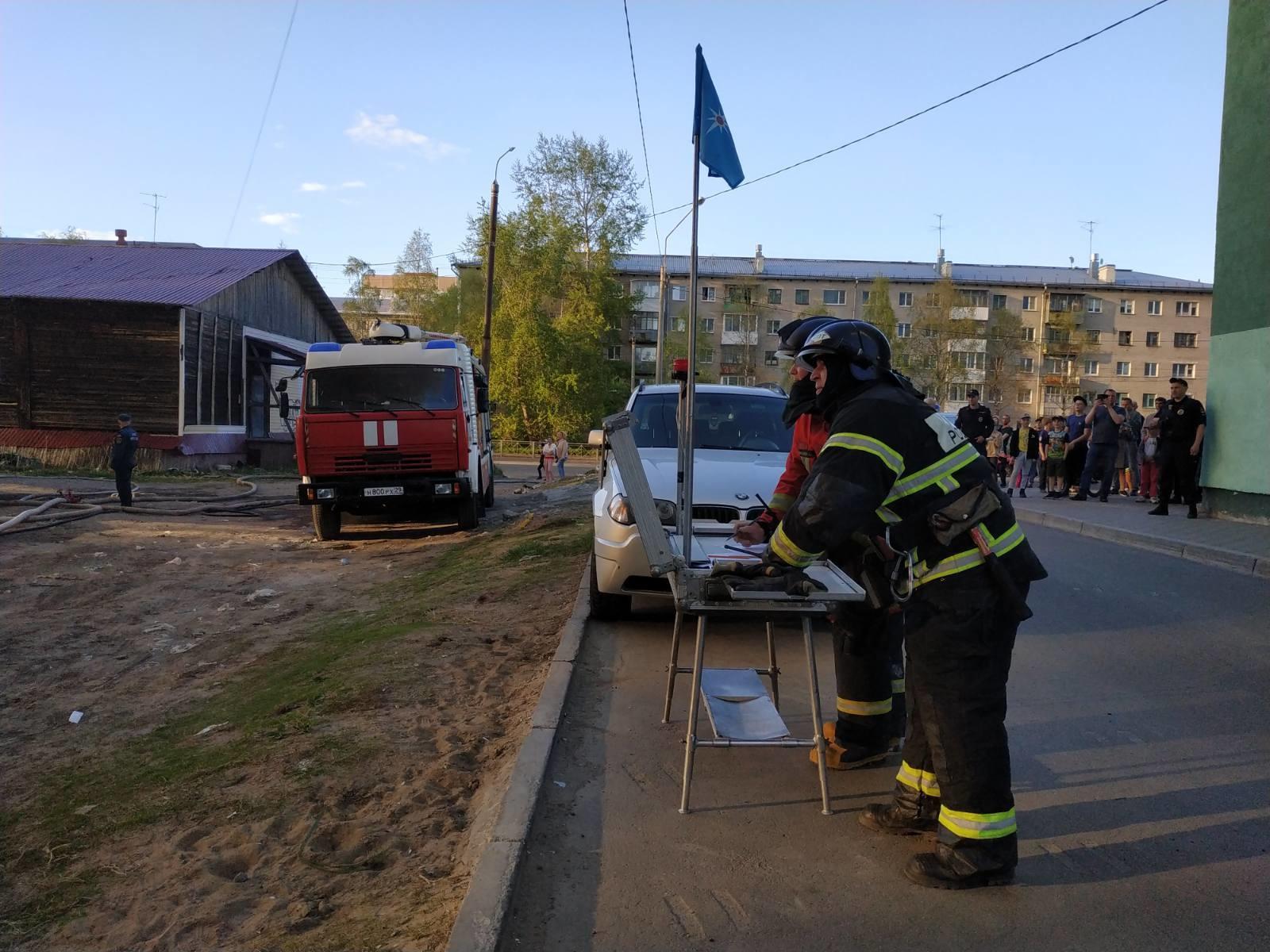 Пожарно-спасательные подразделения ликвидировали пожар в Онежском районе Архангельской области