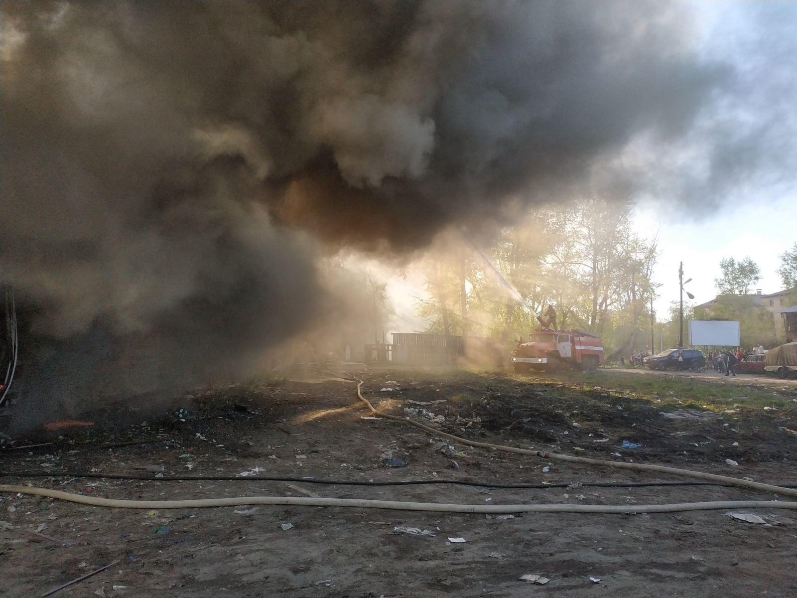 Пожарно-спасательные подразделения ликвидировали пожар в Ленском районе Архангельской области.
