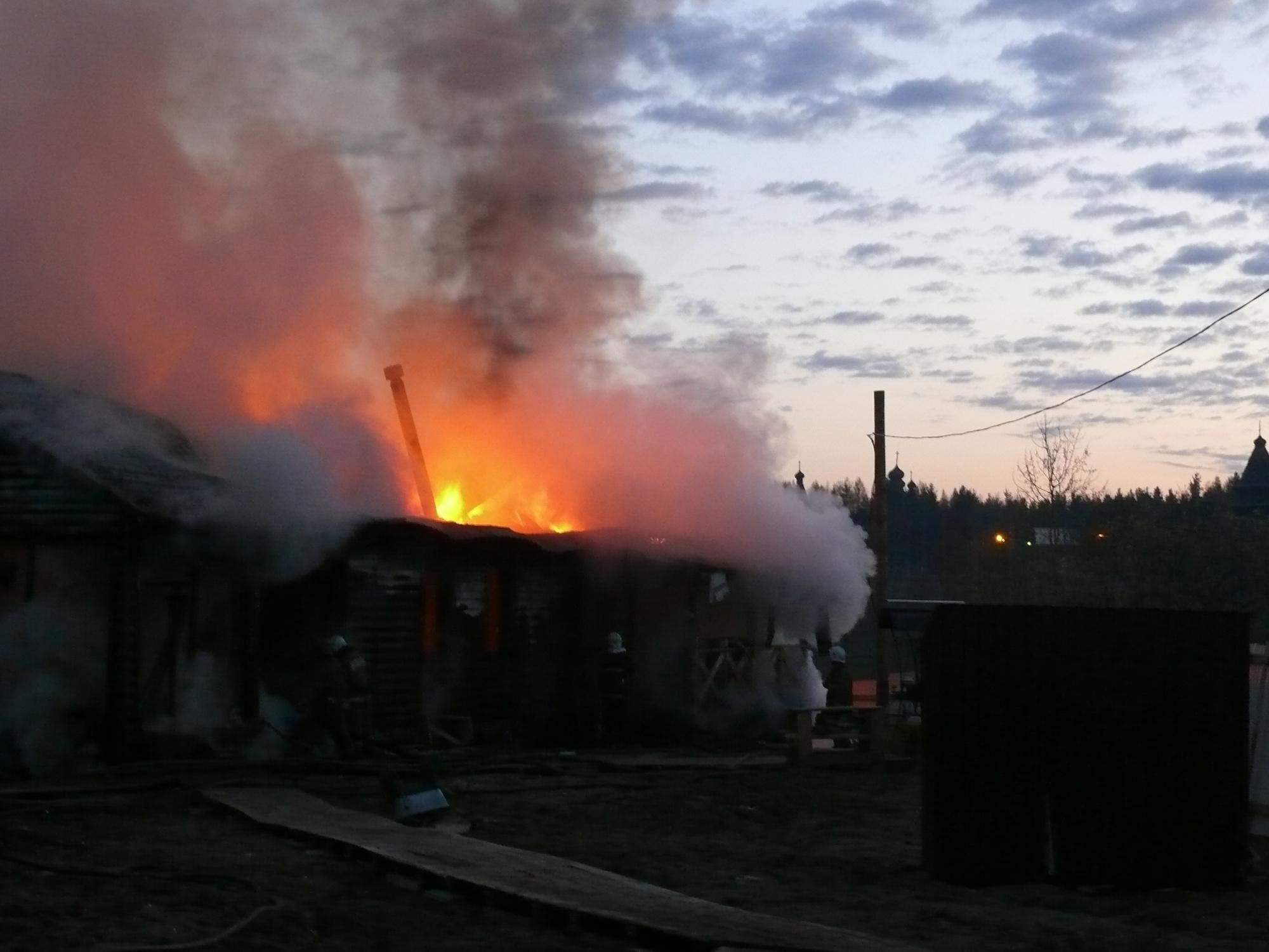 Пожарно-спасательные подразделения ликвидировали пожар в Приморском районе Архангельской области.