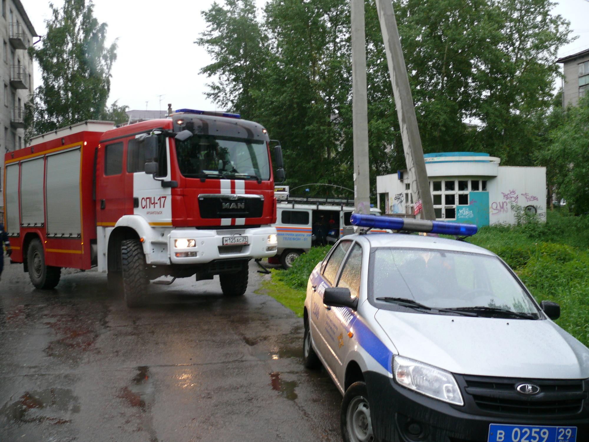 Пожарно-спасательные подразделения ликвидировали пожар в г.Новодвинске Архангельской области.
