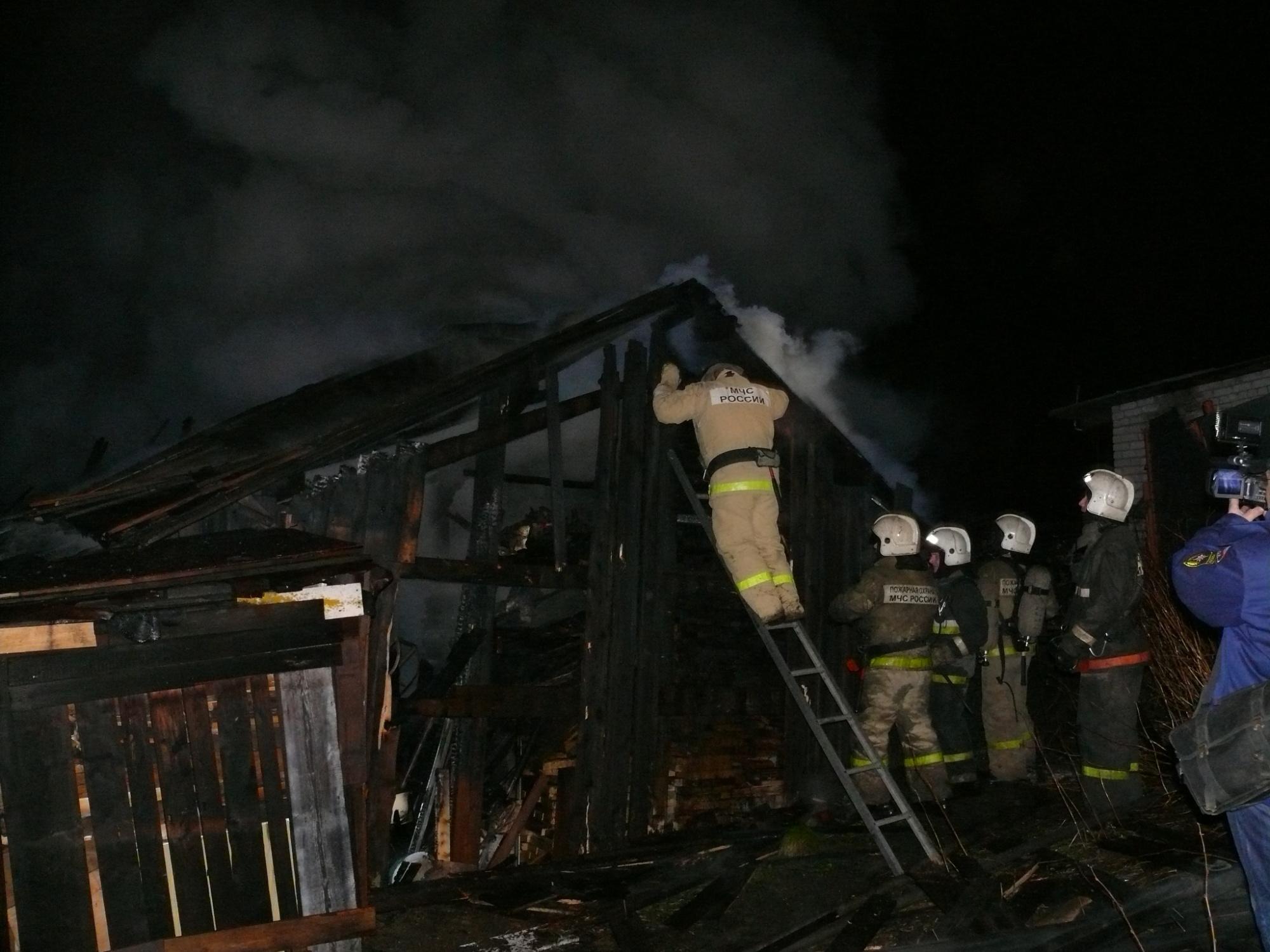 Пожарно-спасательные подразделения ликвидировали пожар в г. Новодвинск Архангельской области.